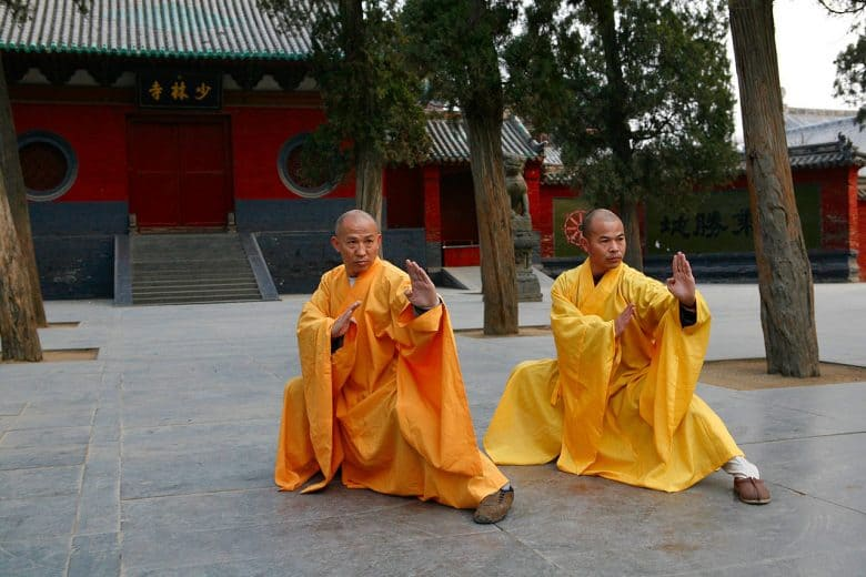 Two monks in Hung Gar stance